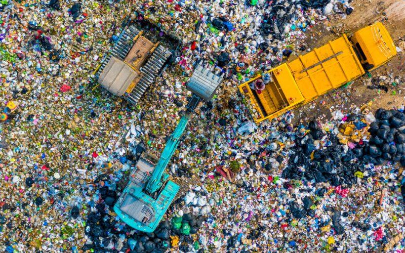 Smaltimento rifiuti in discarica: i nuovi limiti del D. Lgs. 121/2020